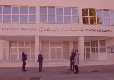 "KAZALIŠNA DVORANA ""ANTONIO COSLOVICH"" TEATRO CITTADINO • UMAG • CROATIA"